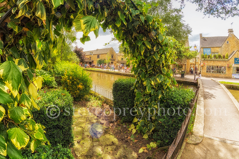 Bourton On The Water (July 2016) 6