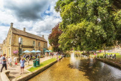 Bourton On The Water (July 2016) 9