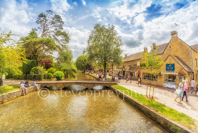 Bourton On The Water Riverside