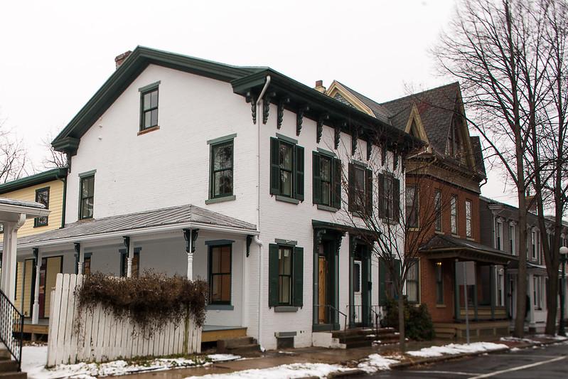 1861 brick townhouse. South-facing, large porch.