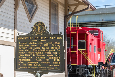 Hawesville Railroad Station - Marker 1