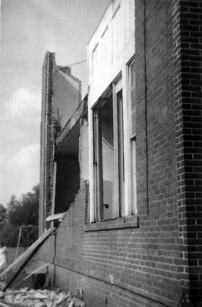 Alapaha tornado, 1952, damage to Alapaha Public School