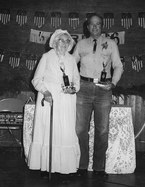 Edna Smith and Hoyt Crumley at USA Bicentennial Celebration in Enigma, Georgia, 1976. (Courtesey of Linda Guess)