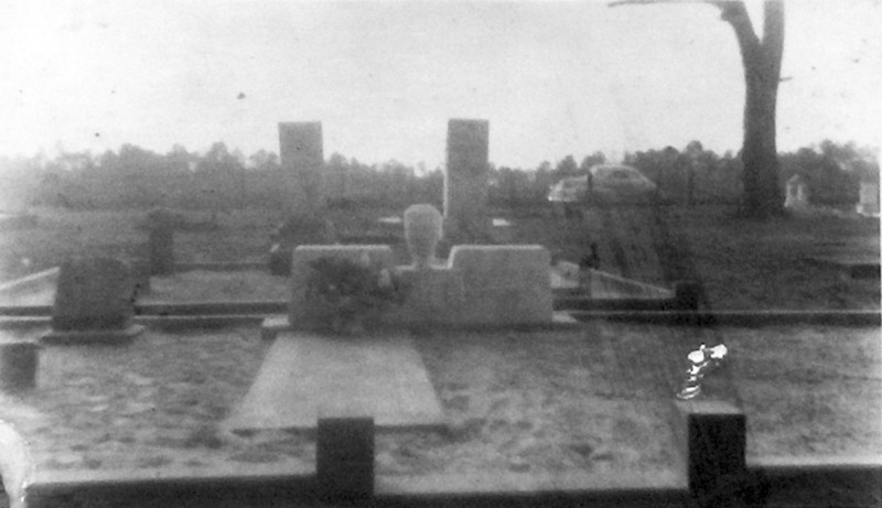 Old Enigma Cemetery. Year unknown<br /> Photo scanned from photo of laminated image on display board in Enigma City Hall.<br /> Courtesy of Jo Annn Hammond Crews