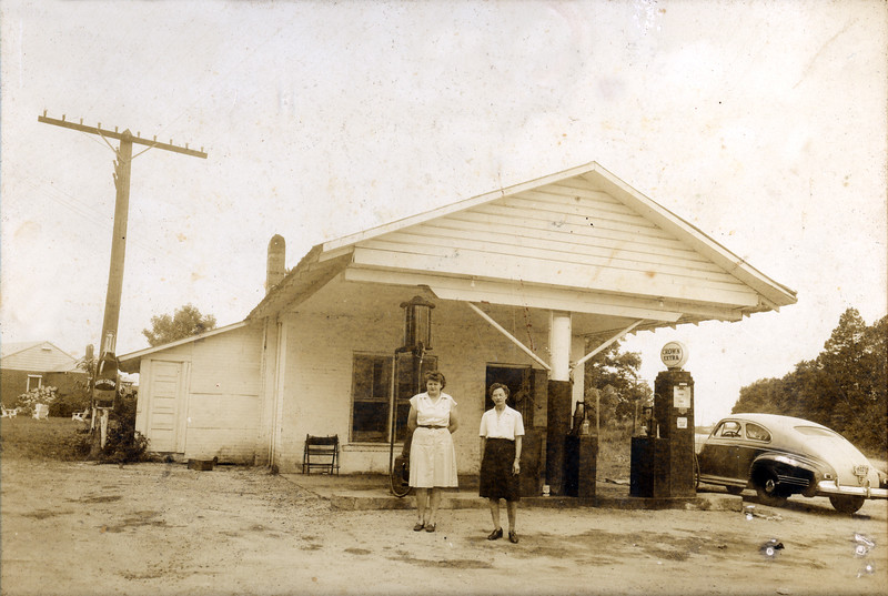 West Service Station 1935