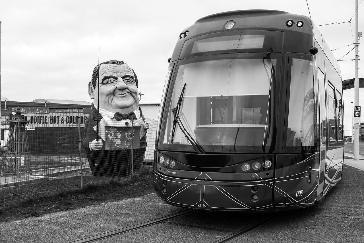 Les Dawson surveys a Flexity at Starr Gate