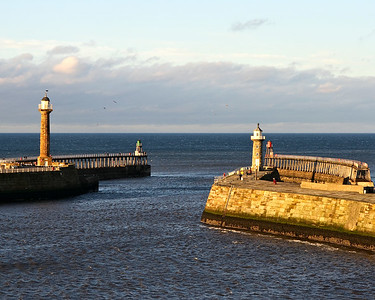 Whitby harbour f/8, 1/200, ISO200. Sigma 17–70