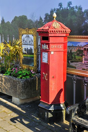 Victorian Post Box, Hillsborough, County Down. Tuesday, 31st May 2016.