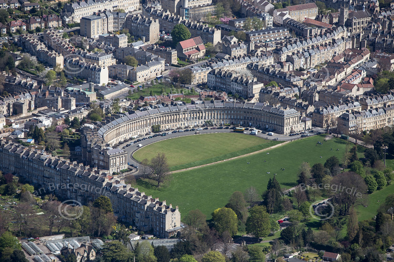 The Royal Crescent in Bath from the air.