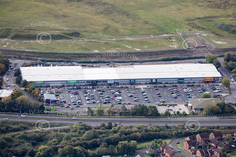 Aerial photo of Wyvern Retail Park.