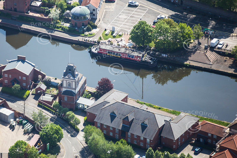 Aerial photo of Newark Castle Barge.