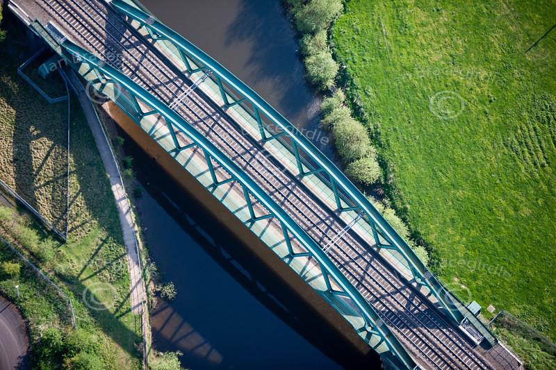 Aerial photo of a railway bridge in Newark.