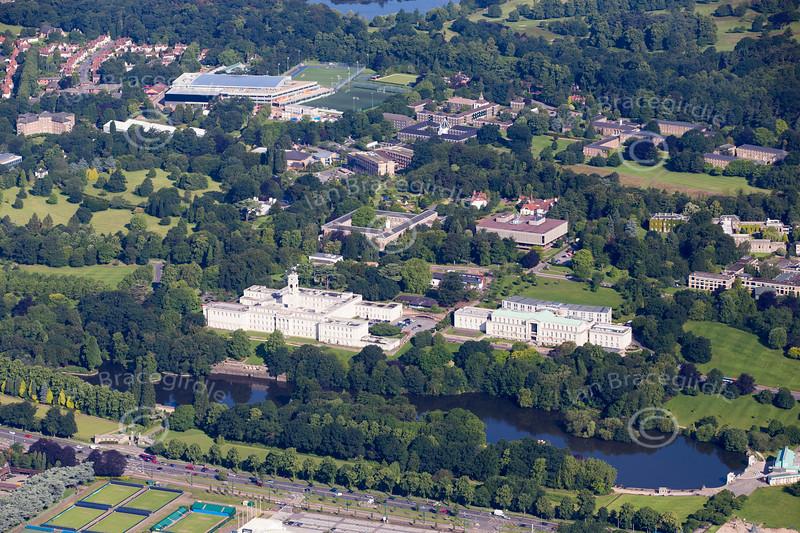 Aerial photo of Nottingham University.