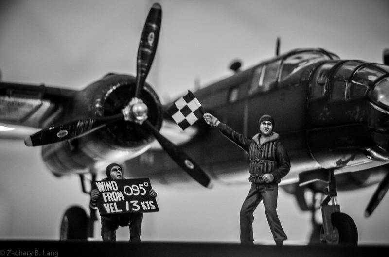 Figarti B-25 w- Deck Crew