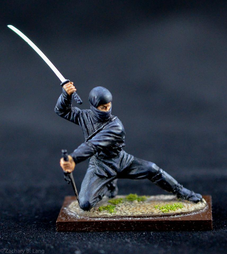 MJ4 Ninja Warrior w- Sword and Dagger 1