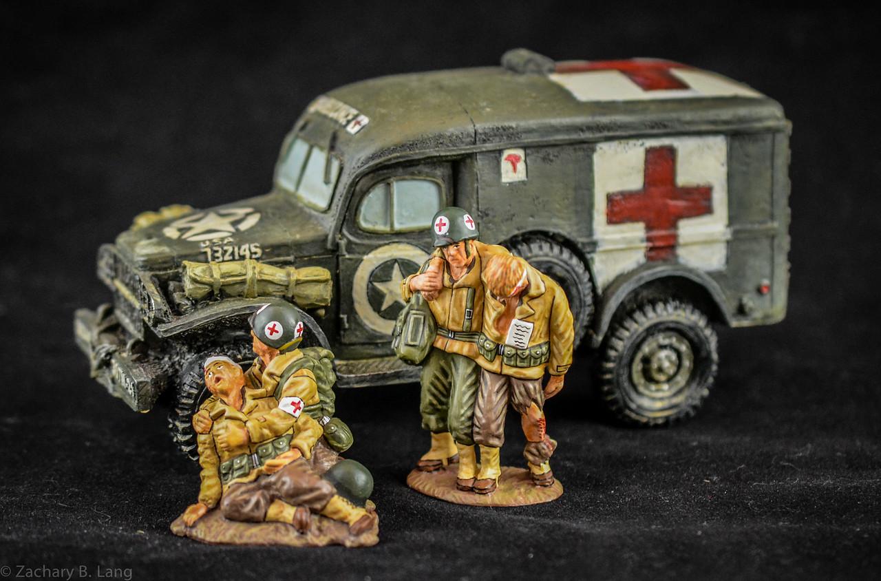 K&C DD10 and DD11 Ambulance and GIs
