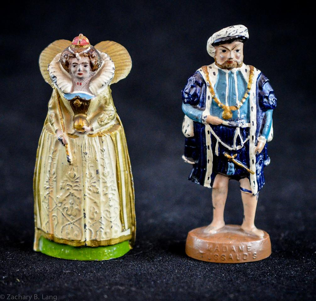 Wm  Britiains Madame Tussaud's Souvenir Henry VIII and Elizabeth I 1934