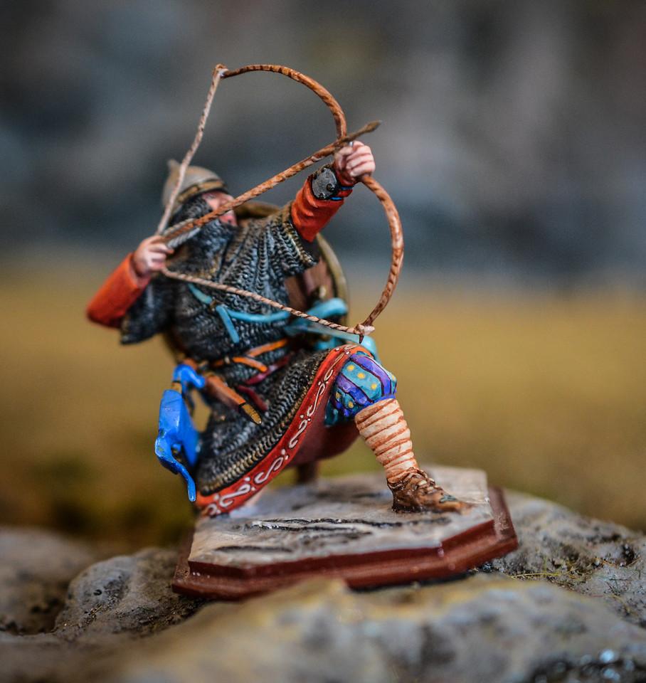 Russian Warrior Kneeling w- Bow 1