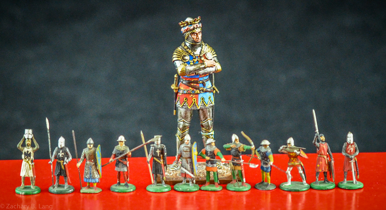 Niblett Knights Size Comparison 20mm v 54mm