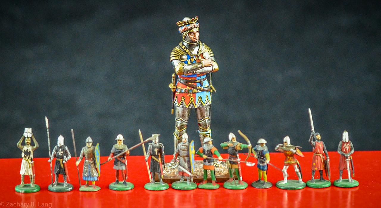 Niblett Knights Size Comparison 20mm v 54mm