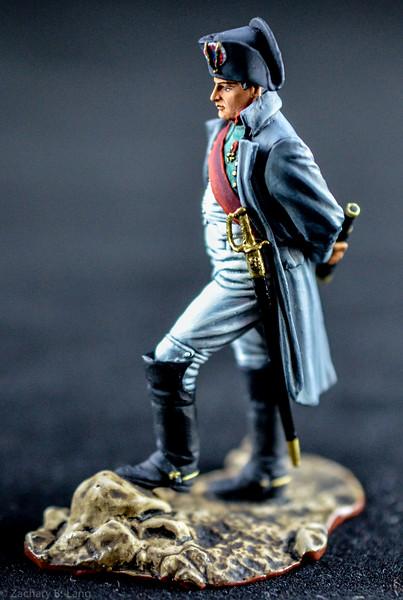 3881 Napoleon Holding Spyglass 2