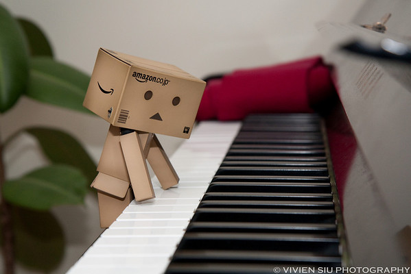Danbo likes Music!