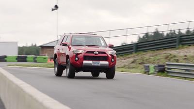 2017 Toyota 4Runner TRD Off-Road Premium Driving Reel
