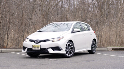 2017 Toyota Corolla iM Parked Reel