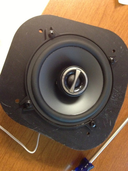 """Front view of aftermarket speaker mounted to speaker plate from   <a href=""""http://www.car-speaker-adapters.com/items.php?id=SAK039""""> Car-Speaker-Adapters.com</a>"""