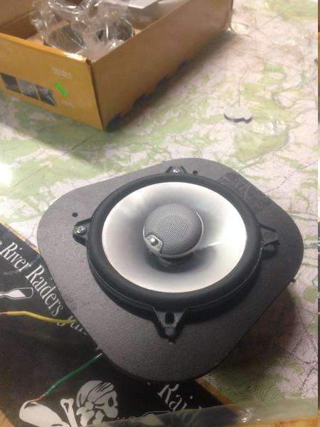 "Aftermarket speaker mounted to speaker adapter   from  <a href=""http://www.car-speaker-adapters.com/items.php?id=SAK039""> Car-Speaker-Adapters.com</a>"