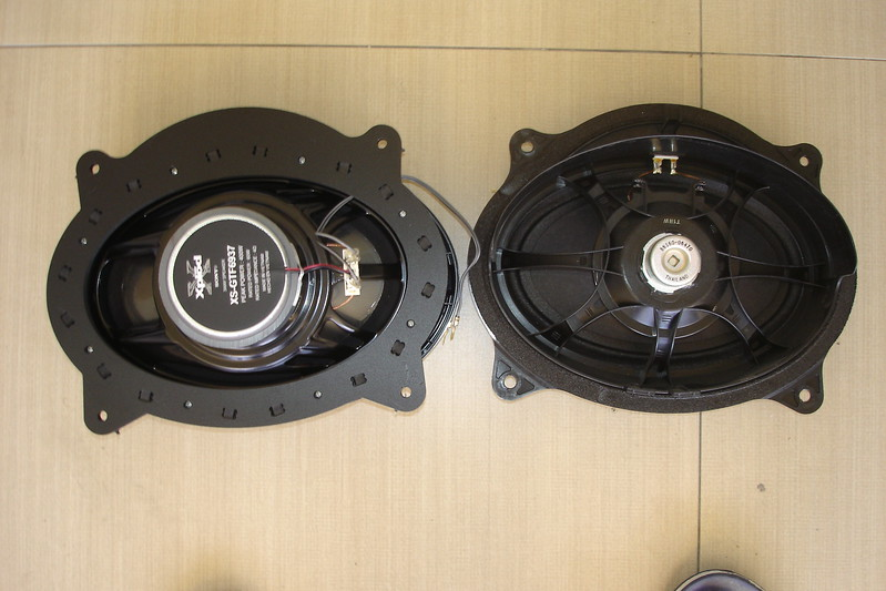"Rear view: Aftermarket speaker and speaker adaptor bracket assembly  from  <a href=""http://www.car-speaker-adapters.com/items.php?id=SAK010""> Car-Speaker-Adapters.com</a>   compared to factory speaker"