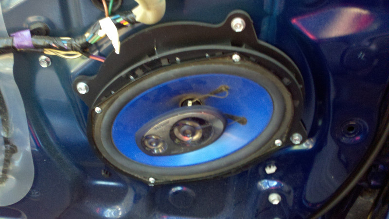 "Aftermarket speakers and speaker adapters from  <a href=""http://www.car-speaker-adapters.com"">http://www.car-speaker-adapters.com</a> installed."
