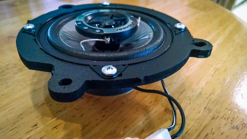 "Aftermarket speaker mounted to speaker adapter  from  <a href=""http://www.car-speaker-adapters.com/items.php?id=SAK106""> Car-Speaker-Adapters.com</a>"