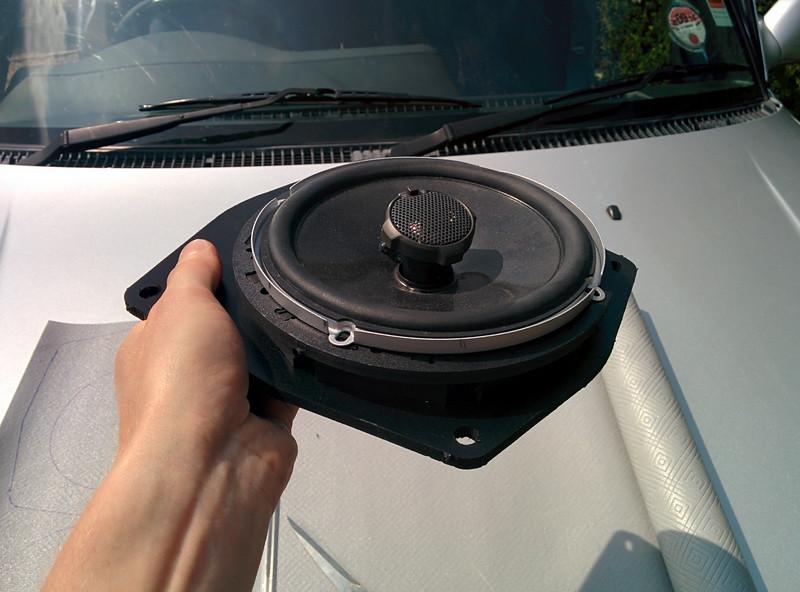 1998 Toyota Rav4 1 3dr Freesport Front Door Speaker Installation