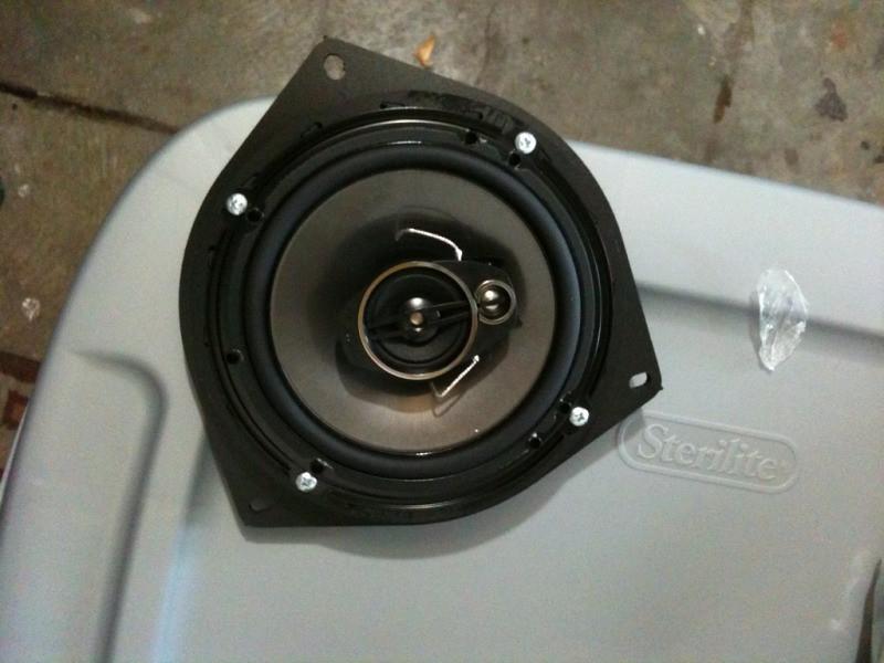 "Aftermarket speaker mounted to speaker adapter from  <a href=""http://www.car-speaker-adapters.com"">http://www.car-speaker-adapters.com</a> (front view 1)"