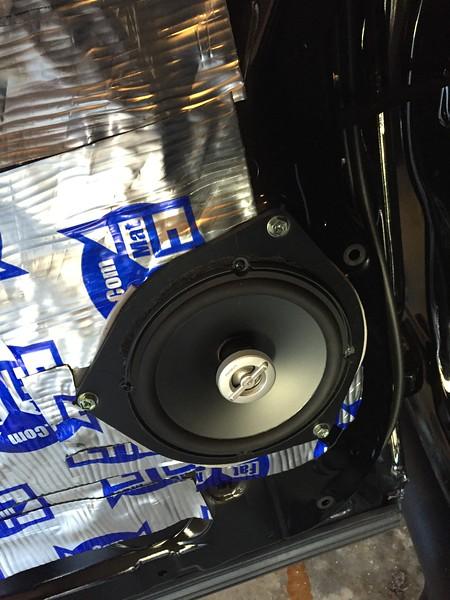 "Aftermarket speaker, speaker adapter, and Fatmat Sound Deadener from  <a href=""http://www.car-speaker-adapters.com"">http://www.car-speaker-adapters.com</a> installed"