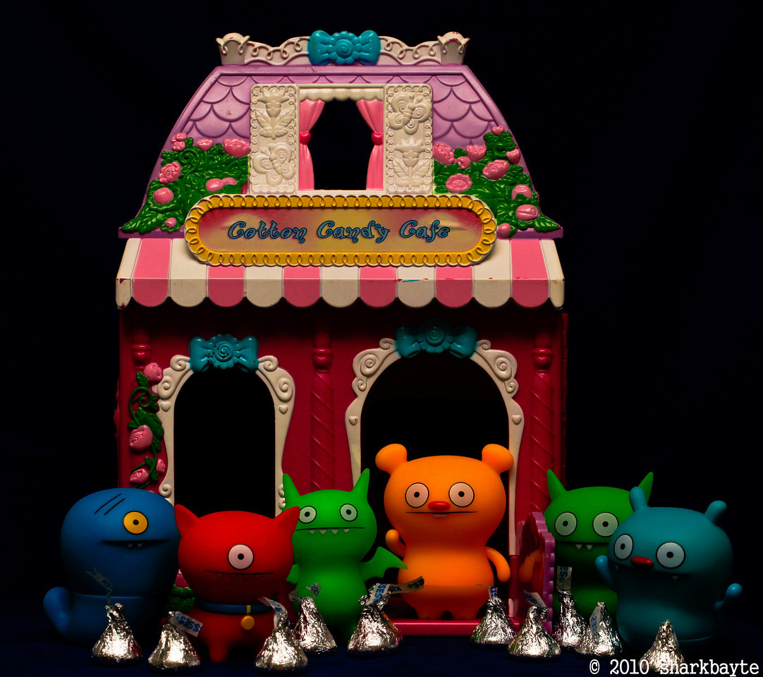 Sweet dreams. The gang snuck out to the candy store today. They were getting free kisses and sharing them with everyone at home. #365Project Day 325 (2010.11.21) @sharkbayte