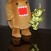 (29.04.2010) Day 119 #365Project-Frustration...Domo wanted to ring this space-bug's neck because......he was bugging him. Okay that was my sad attempt at humor tonight. But we are trying to watch Survivor and then Fringe! jeez.