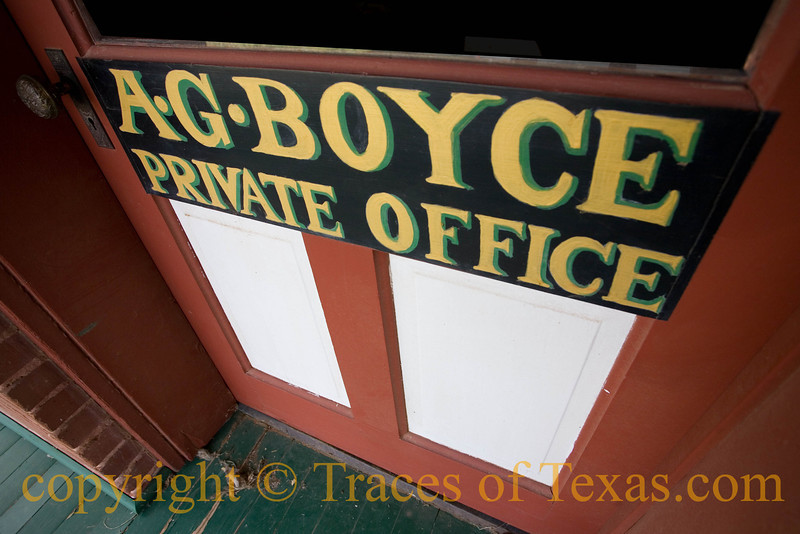 Title: Man's Work<br /> <br /> Comments: A.G. Boyce was the foreman of the largest ranch ever put under fence, the XIT in the Texas panhandle.<br /> <br /> Location:  The XIT Ranch