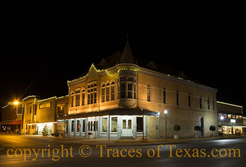 <br><br>  Comments: The Grand Opera House, also known as the Janey Slaughter Briscoe Grand Opera House is a historic theater in Uvalde, Texas. Built in 1891, it became a premier arts venue in Southwest Texas for plays, musicals, and cultural performances. <br><br> Location:  Uvalde