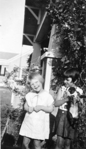 Blanche and Aline Smith