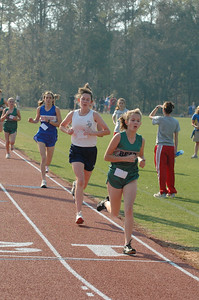 3:02 at 800m Lindsey Sanders (2nd), Maclay