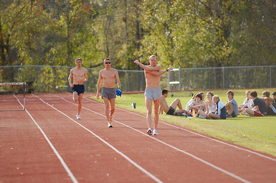 This sequence of shots is a 12Km workout. 3Km pace/1Km float X3. The guys are with the Boulder Performance Training Group:  http://www.bouldertraining.com/ Front to back, that's Dathan Ritzenhein, Jorge Torres, and James Carney.