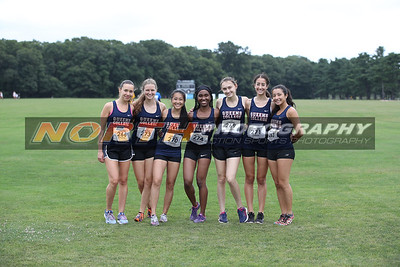 Queens College cross country at the Adelphi Invitational.