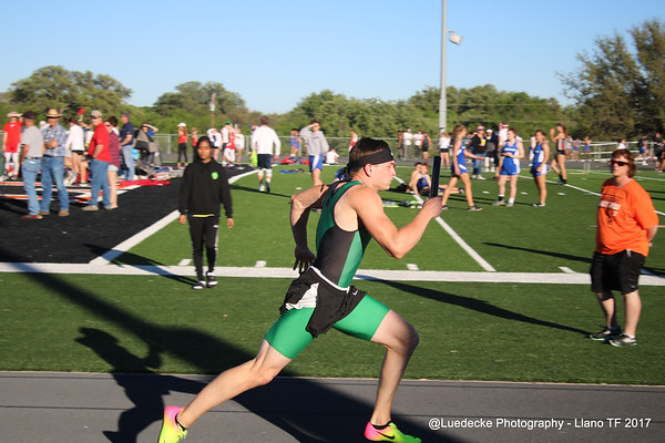 Burnet HS boys relay @ Llano
