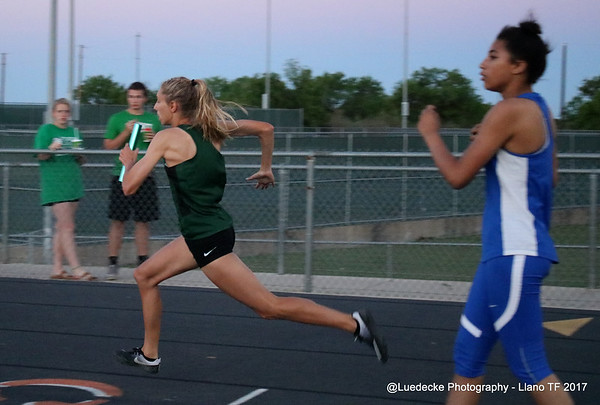 Burnet HS girls relay @ Llano