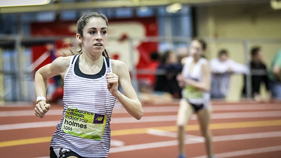 Liz Holmes wins the New Balance Nationals Freshman Mile in 5:02.49
