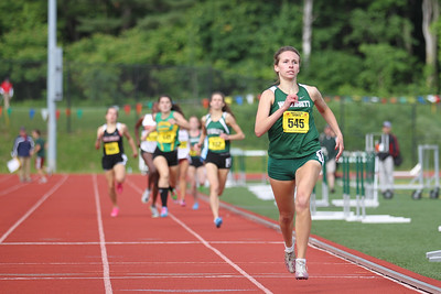 UConn bound Laura Williamson oif Wachusett takes the 800m at the State Open in 2:12.66.