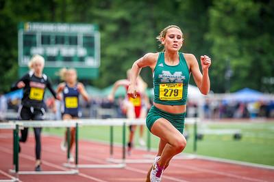 Jen Esposito of Mansfield wins teh 400m state open title in 1:02.17
