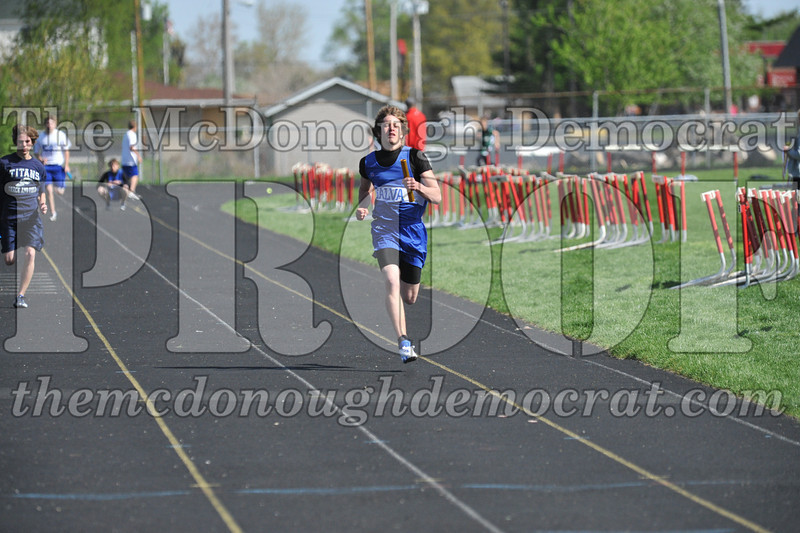 JH Tr Dunlap Relays 2 Monmouth 04-17-10 015